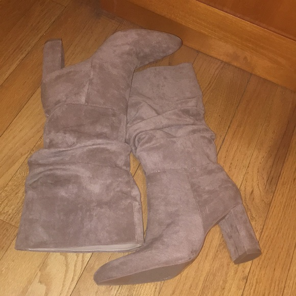 Forever 21 Shoes - NEW FOREVER21 Nude Boots US SIZE 9